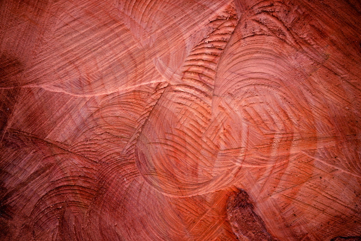 Chiseled-Wood-Red